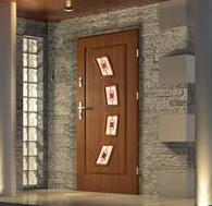 vstupne_dvere_kejadom